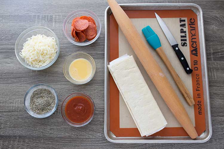 Pizza Puff Pockets Ingredients