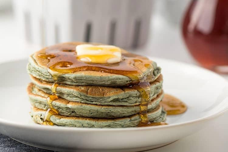 Leftover Oatmeal Blender Pancakes